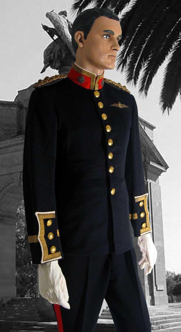 Lieutenant E A Pope Full Uniform Saaf